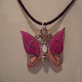 Collier Papillon rose
